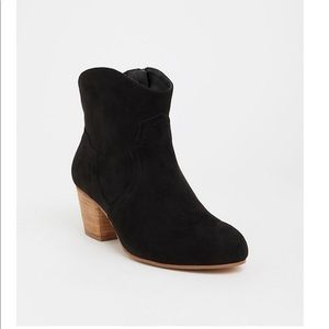 Size 10 Wide Faux Suede Torrid Booties NWT